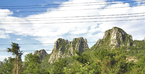 Thailand_cables