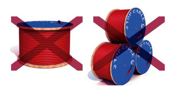 Almacenaje incorrecto de bobinas de cables electricos