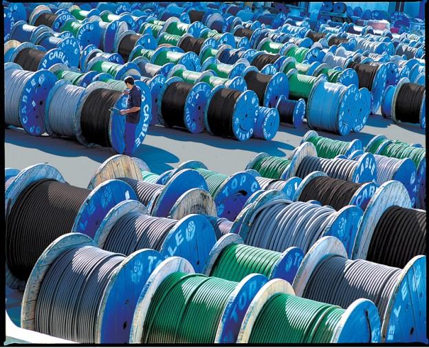 Almacenaje de bobinas de cables electricos