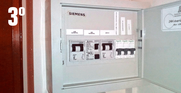 Como hacer un cuadro electrico de una vivienda latest for Como montar un cuadro electrico
