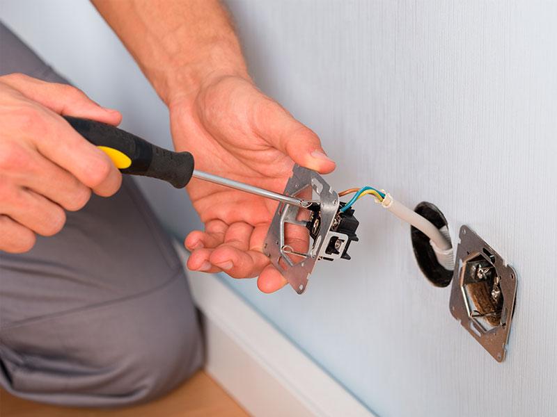 12 consejos para mejorar la seguridad el ctrica en el - Cables de electricidad ...